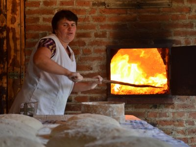 Bread making in Transylvania. Picture by Christian Roth